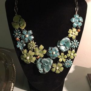 🌸Flowers and Ladybugs Statement Necklace 🐞